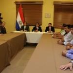 Cartes, productores agrícolas y cooperativistas firman acuerdo